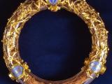 Величайшая святыня христианского мира - Терновый венец Спасителя хранится в соборе Парижской Богоматери с 13 в.