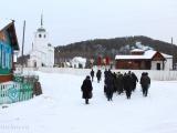 Крестный ход обогнул Батурино и вернулся к храму по нижней улице села
