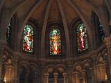 Витражи из цветного стекла за десятки веков не потеряли своей красочности